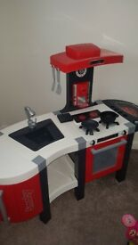 Smoby kitchen excellent condition