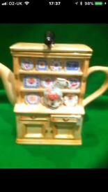 Welsh Dresser With Cat Collectable Tea Pot