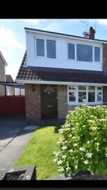 Beautiful Three bedroom Semi Detached House in Bromborough