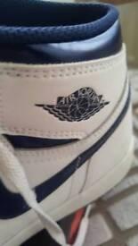 Air Jordan 1 Retro HI