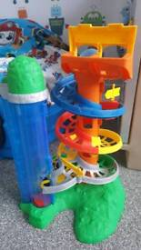 Thomas rail rollers spiral station