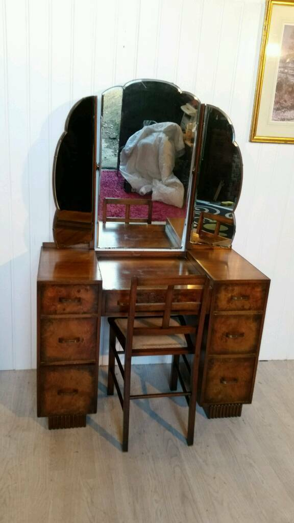 Attractive Solid Mahogany Burl Wood Vanity Unit