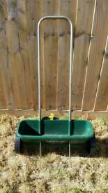Scotts Evergreen Drop Spreader Used Once