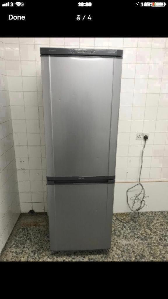 Samsung fridge freezer full working 4 month warranty free delivery and installation installation