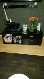 gloss black TV unit (reduced)