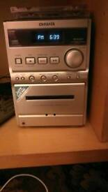 Aiwa CD cassette stereo system with remote VGC