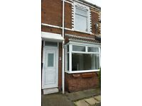 Well presented two bedroom property, situated on a quiet terrace close to Hedon Road. - £350 ppm