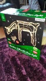 3d grazing reindeer silhouette rope light
