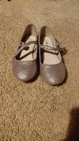 Beautiful sparkly girls shoes from next sz 1