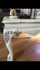 Shabby Chic coffee table, stunning detail