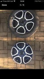 Two Smart Fortwo alloys