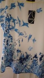 OASIS TOP. Size 10(36), Brand new with price tag still attached.