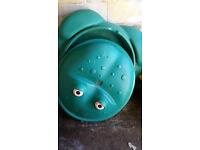 Sandpits frog