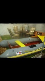 Inflatable boat/ rib
