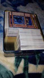 YuGiOg 1000+ card bundle
