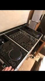 Pioneer CDJ 350 x2 mint condition (with original boxes)