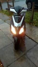 125 cc moped