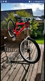 Commencal Supreme Downhill Mountain Bike