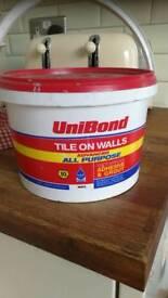 Unibond tike on walls