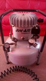 Jun Air Silent Compressor