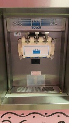 Taylor 794 K8 Soft Serve Frozen Yogurt Machine 3-phase Water Cooled