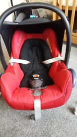 *REDUCED*Maxi cosy baby car seat