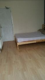 FULLY FURNISHED DOUBLE ROOM FOR PROFESSIONAL NONSMOKER FOR RENT IN CITY CENTRE £530 INCLUSIVE /month