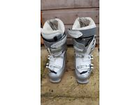 Salomon Warmest ski boots, size 26