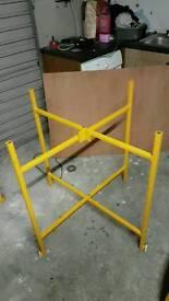 Plastering mortar board stands (building /tressels)