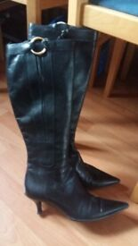 Ladies Womens Long Black Leather Boots size 4,5