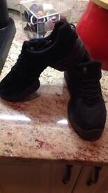 Bloch shoes