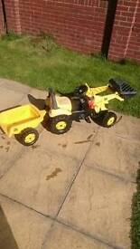 JCB kids ride on tractor and trailer