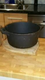 Cast iron jam pot