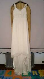 Ivory wedding dress size 10 with veil