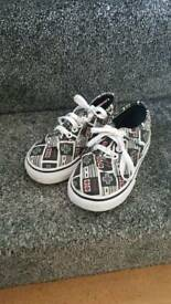 Boys vans shoes size 7 1/2