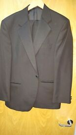 Mens magee Dinner suit