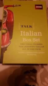 LEARNING ITALIAN BOOK & CD BOX SET X2