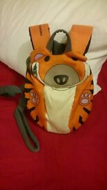 Kids backpack with reins