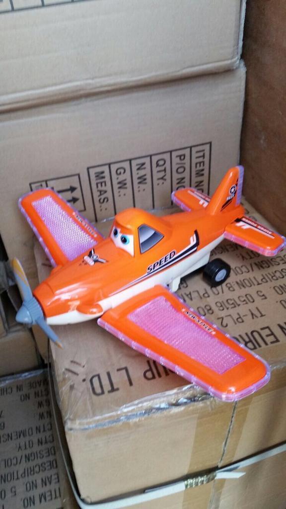 Job lot 500 high speed super bump & go Aero planes flashing light & sounds