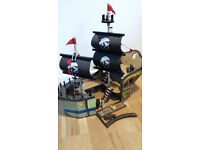 KIDS LARGE WOODEN PIRATE SHIP TOY, excellent condition