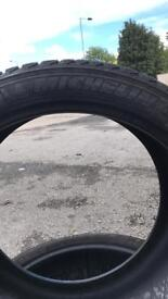 tyres size 295/35/21