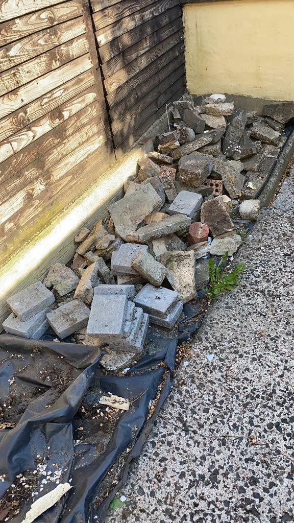 Loose brick and rubble – FREE