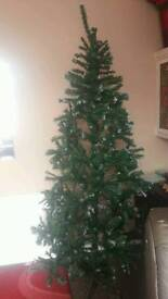 6ft frosted tips Christmas tree