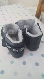 Brand new/nearly new shoes sizes 4/5