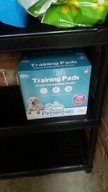 100+ puppy pads