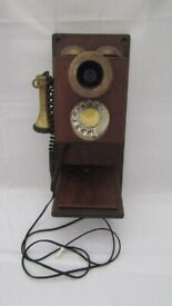 Vintage/Retro style 1920's 30's Telephone.