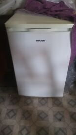 Bush undercounter fridge good working condition
