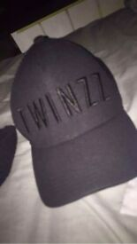 Twinzz cap