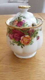 Royal Albert Old Country Roses Preserve Pot