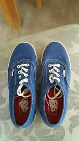 Womens vans trainers